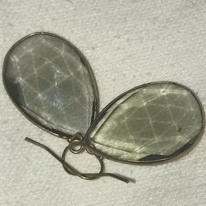 Jewelry - Beautiful taupe glass with gold metal accents